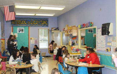 Student teachers are beneficial to child development at daycare