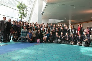 Sano high school students and their host families on the last day at the Portland Airport